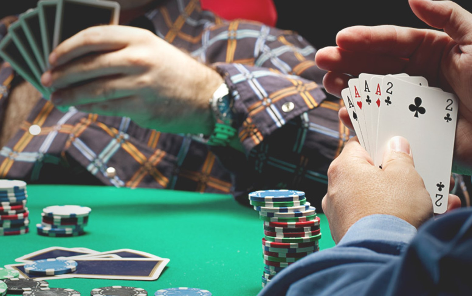 7 Ways to Tell if Someone is Bluffing in Online Poker